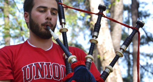 Bagpiper shares Scottish tradition on campus