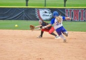 Softball loses the weekend